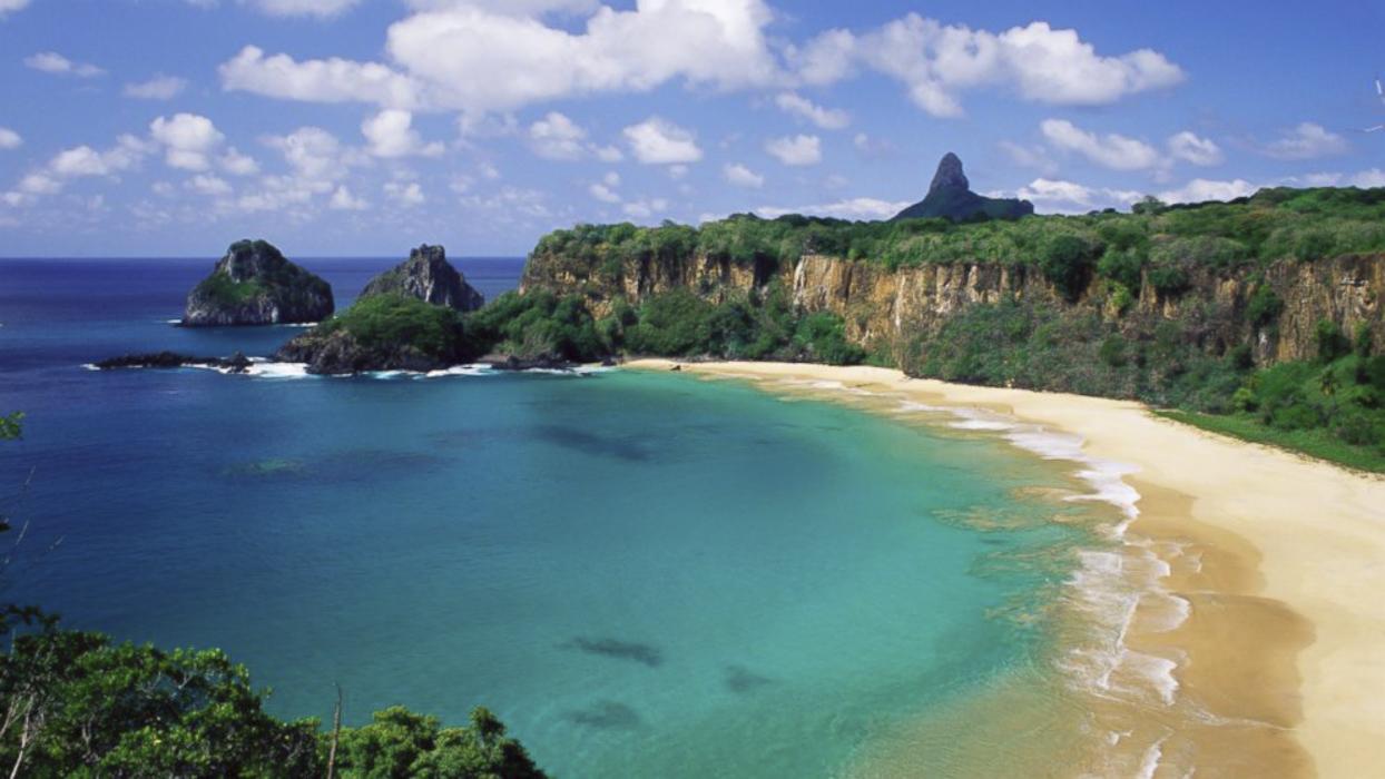 Baia do Sancho Brasil beach