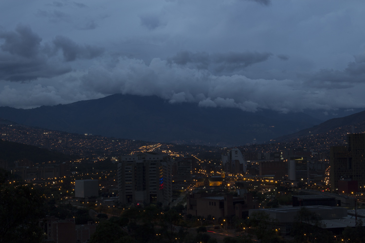 Photo taken with AEB. Canon Rebel T5i 1.6 sec at f/16, ISO 100, 41mm - Pueblito Paisa, Medellin, Colombia