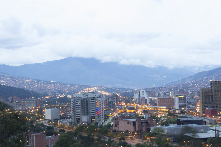 Photo taken with AEB. Canon Rebel T5i 15.00 sec at f/16, ISO 100, 41mm - Pueblito Paisa, Medellin, Colombia