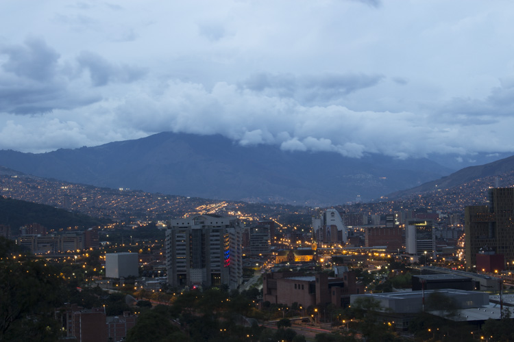 Photo taken with AEB. Canon Rebel T5i 5.0 sec at f/16, ISO 100, 41mm - Pueblito Paisa, Medellin, Colombia