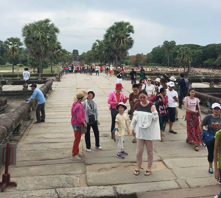 Angkor Wat is touristy