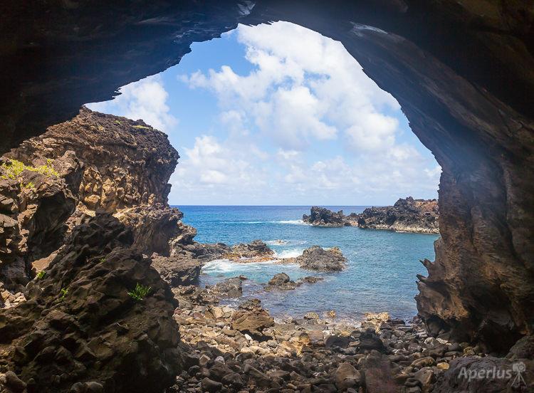 Ana Kai Tanata cave