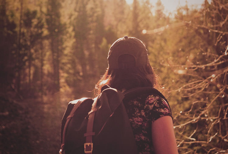 Travelling Alone – Pros and Cons of Solo Travel and Seeing the World