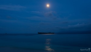 ocean view moon ligh san blas night
